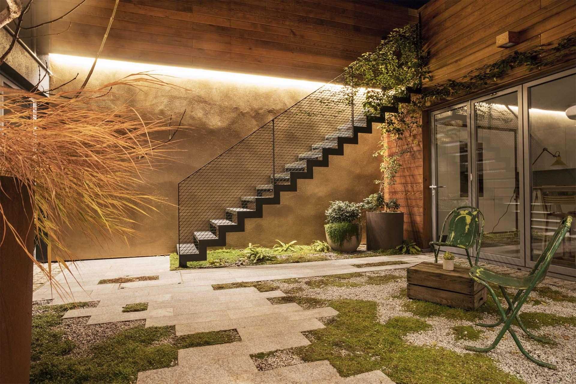 Low maintenance urban garden