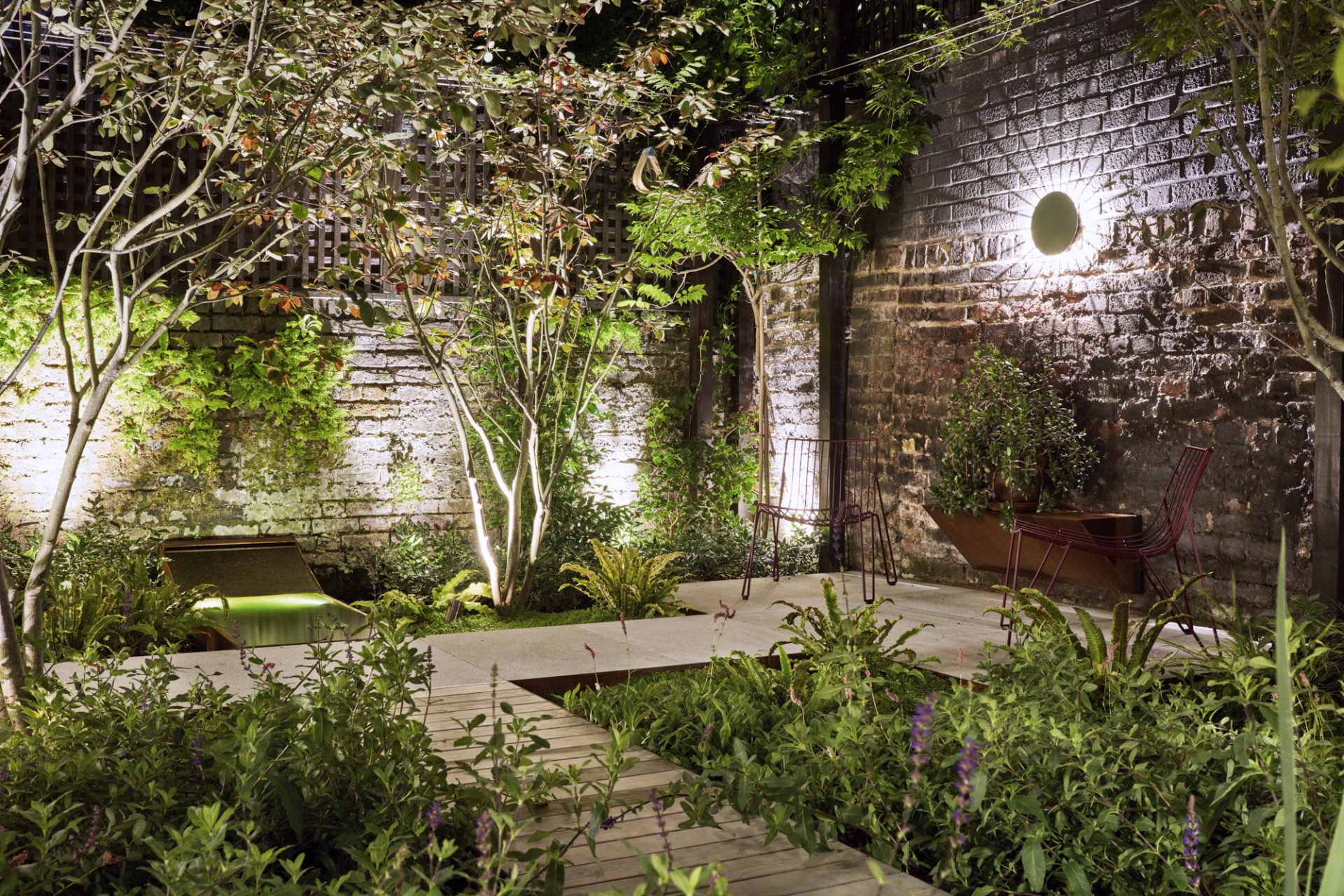 Garden design in Shepard's bush